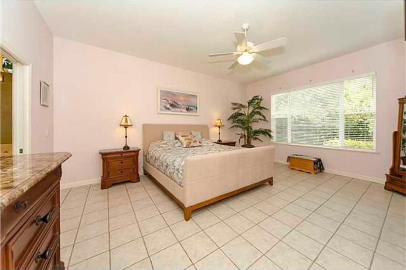 Murphy Beds In Stuart Fl : Stuart florida luxury home se doubleton drive