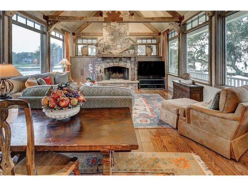 Family Room - Another great view!