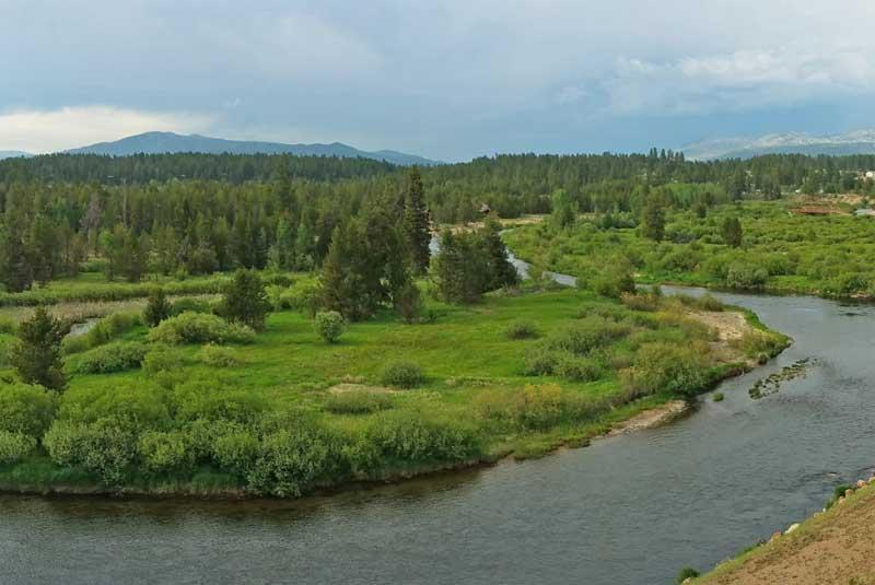 Return to the River Ranch Property Page