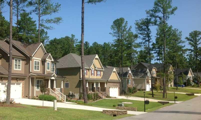 Anderson Creek Club offers a variety of neighborhoods that feature transitional and craftsman style patio homes on fairway, water view and wooded homesites.