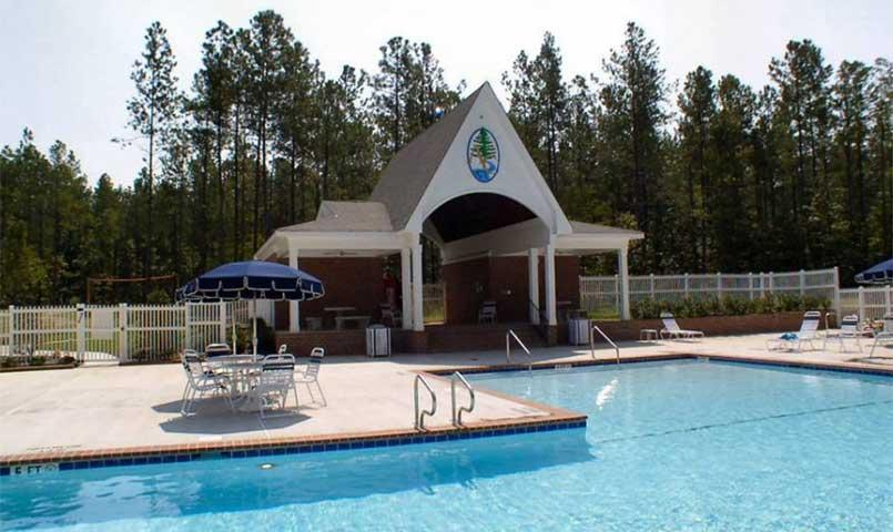 Anderson Creek Club's Members Recreation Center features, pool & bathhouse, spa, tennis, bocce, shuffleboard, volleyball, basketball, horseshoes, quoits, fishing, picnic pavilion, & exercise trail.