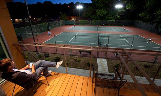 Bella Vista Village's tennis program offers leagues and lessons for players of all ages and skill levels. The community offers a total of 12 lighted tennis courts between three locations. Spectators can take in a match from the observation deck at the Kingsdale Tennis Center.