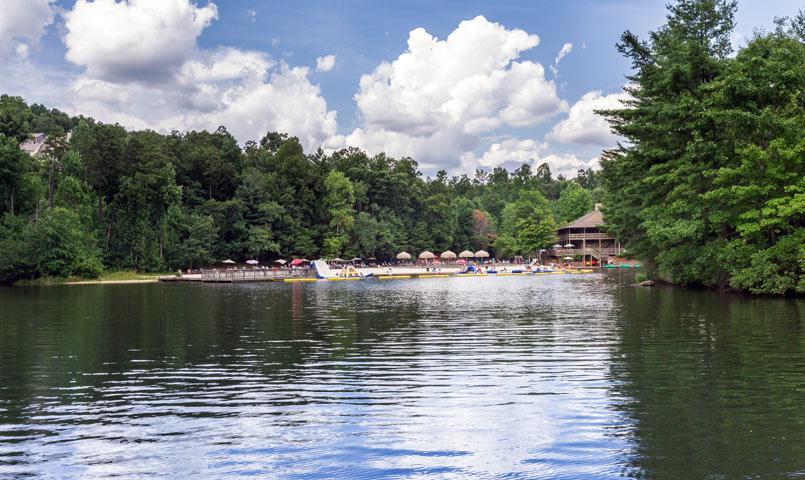 Big canoe gated golf community in jasper georgia for Big canoe