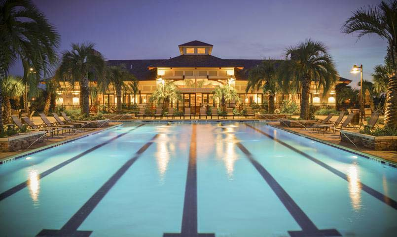 Compass Pointe swimming pool