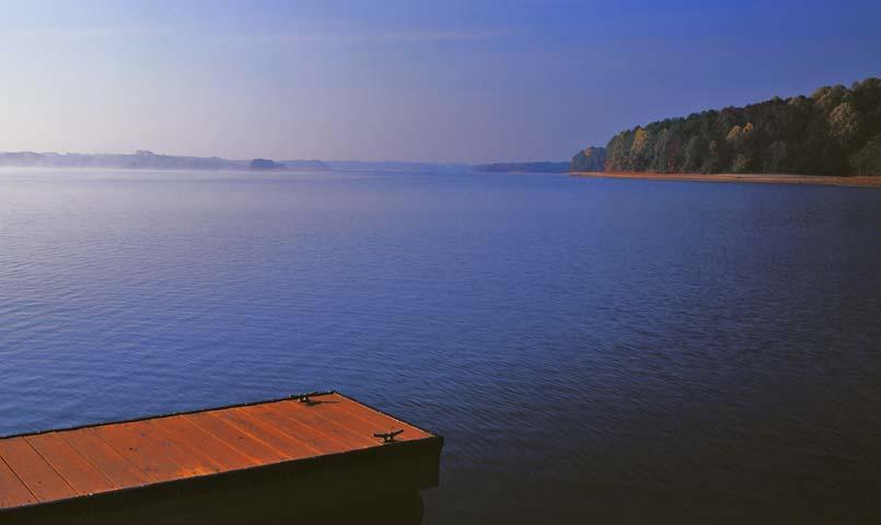 The early morning mist is a tranquil start to the day on Lake Keowee.