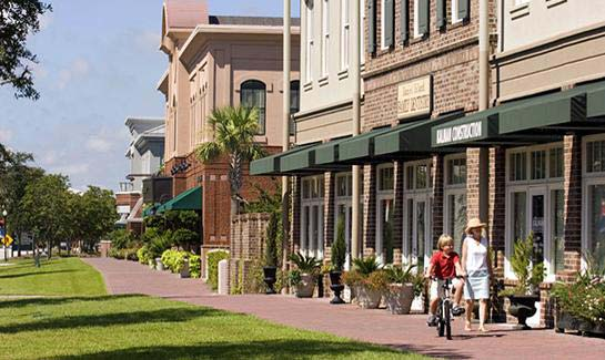 Daniel Island's shops, restaurants, businesses and conveniences are within an easy walk or bike ride from all neighborhoods.