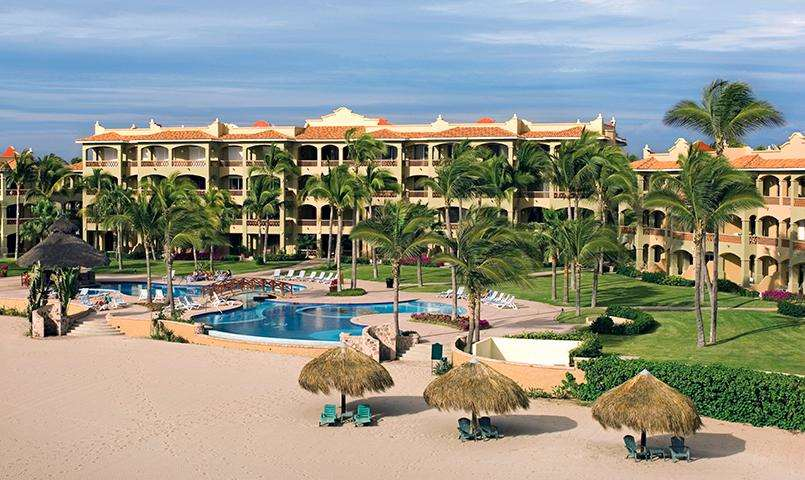 The pool, beach and resort at Estrella Del Mar Golf & Beach Resort
