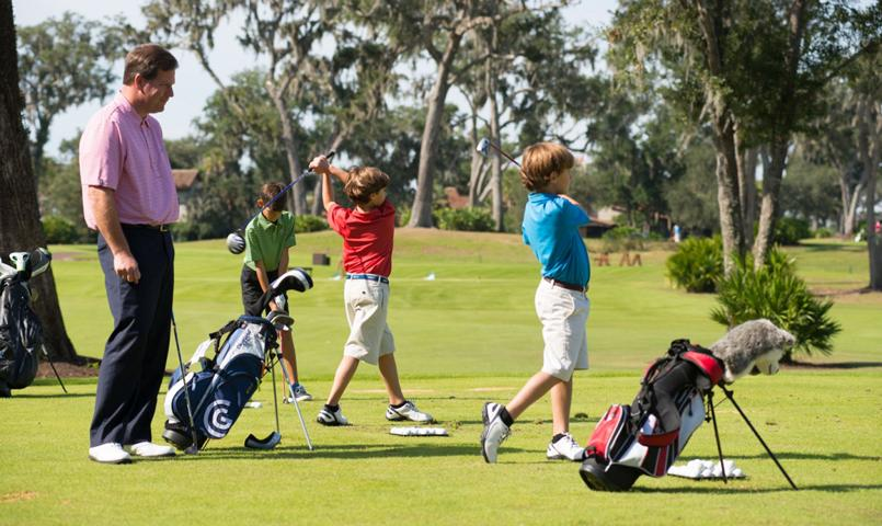 The Golf Learning Center helps amateurs and professionals improve their game.
