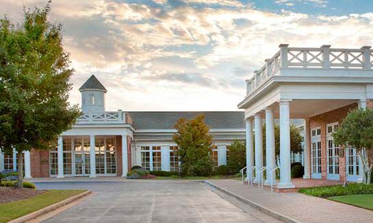 Ideal for gathering with family and friends, the 42,000 square foot clubhouse overlooks the golf course and is host to community events.