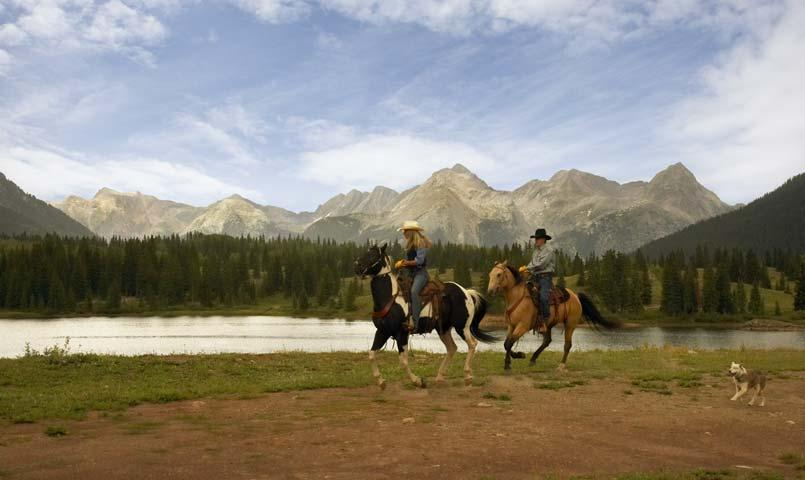 Horseback riding at Haviland Lake