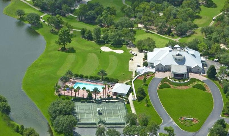 Aerial view of the club facilities and golf course at GlenLakes