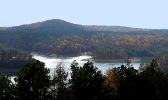 Residents of Hot Springs Village enjoy scenic views of the surrounding Ouachita Mountains.