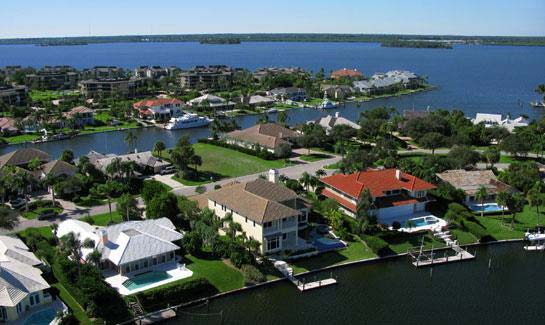 The Moorings offers a wide variety of residential homes and condominiums located along both the Atlantic Ocean and Intracoastal Waterway on Vero Beach's barrier island.
