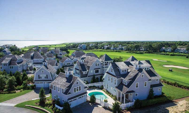 Golf course homes at New Seabury