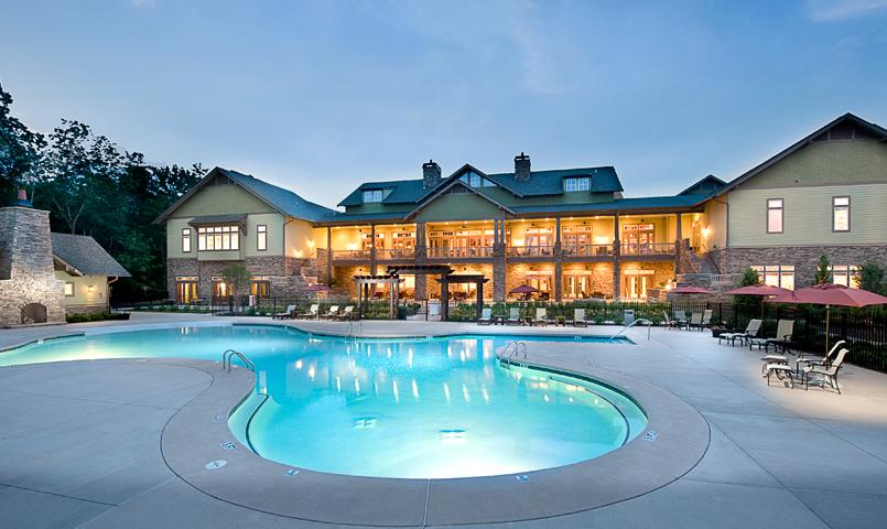 Soleil's 30,000 square foot clubhouse overlooks the large zero-entry lagoon-style pool and expansive deck.