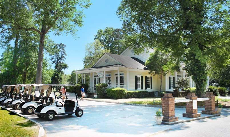 The Southbridge Golf Club offers extensive practice facilities, a clubhouse with pro shop, dining room and lounge.