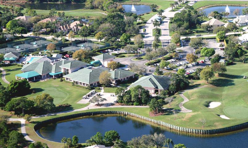 Aerial view of Willoughby Golf Club