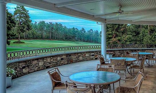 The social hub of the community, the Reserve Clubhouse overlooks the 18th hole of the Reserve golf course.