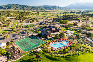 See photos and read all about this Heber City, Utah gated mountain, golf, and equestrian community. Get real estate information and see homes and lots for sale.