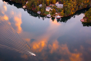 Return to the Rumbling Bald on Lake Lure Feature Page