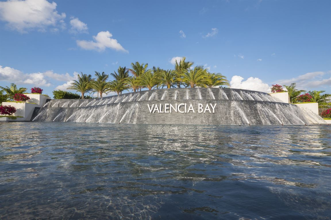 Return to the Valencia Bay Feature Page