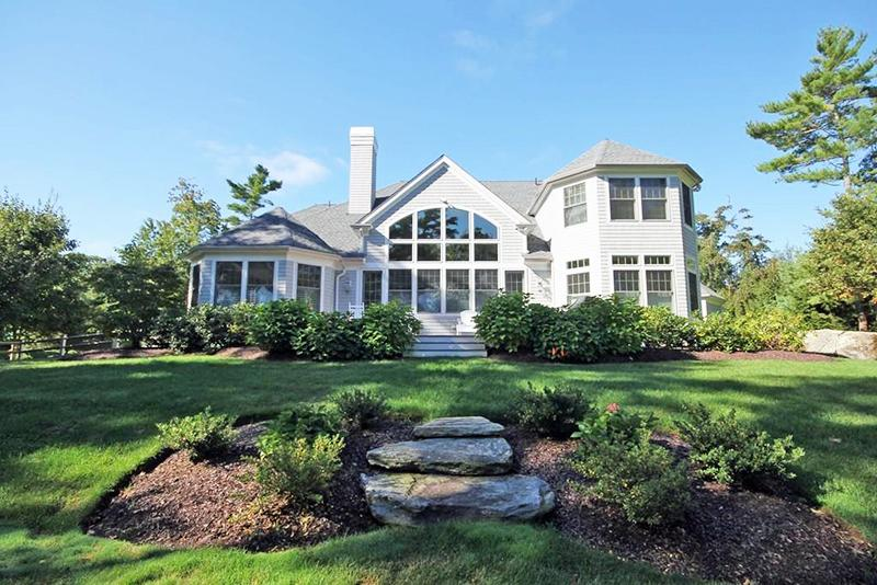 Return to the Bay Club at Mattapoisett Property Page
