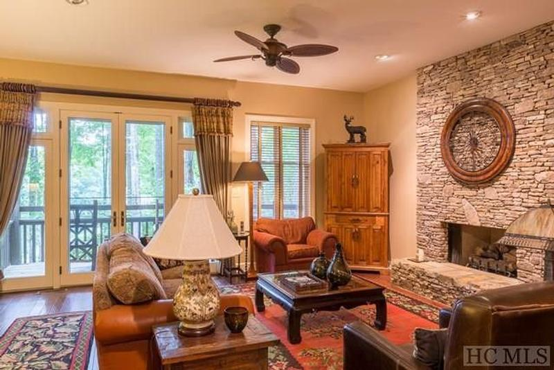 Return to the Old Edwards Club at Highlands Cove Property Page