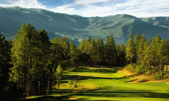 Glacier Club hole #8 offers views of Missionary Ridge