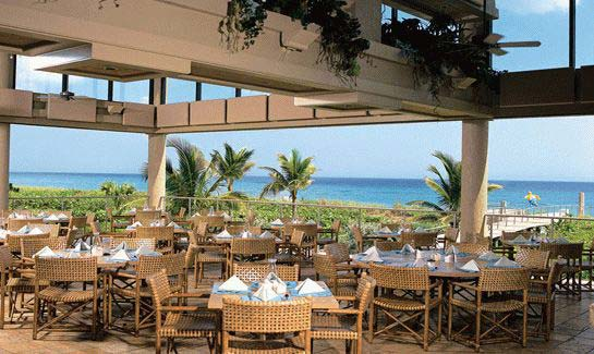 Casual, open-air dining at the Sailfish Point Beach Club overlooks the Atlantic Ocean.