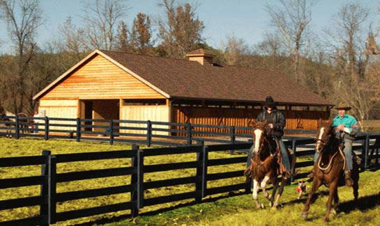 The Coves offers full-service equestrian facilities, plus over 25 miles of on-site river, mountain and wilderness trails.