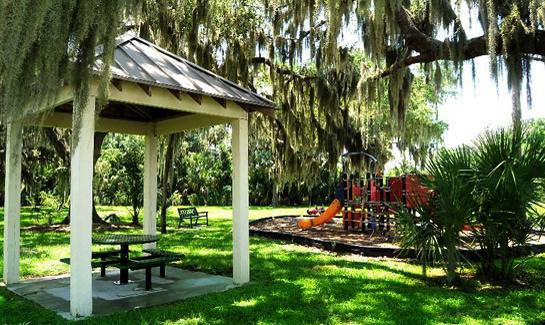 The main park at Forest Creek includes a children's play feature, basketball court and a picnic shelter. Additional smaller pocket parks with preserved grand oak hammocks are found throughout the community.