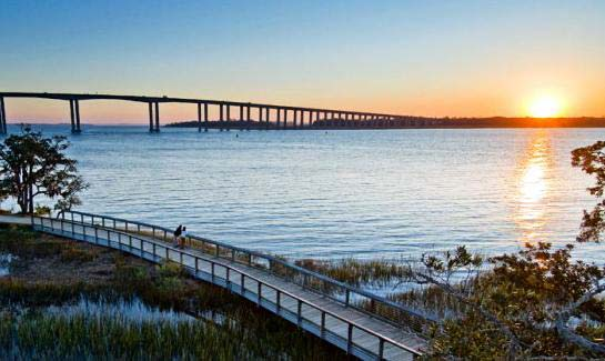 Daniel Island's homesites at Mitchell Wharf offer direct access to Charleston Harbor and the Atlantic Ocean.