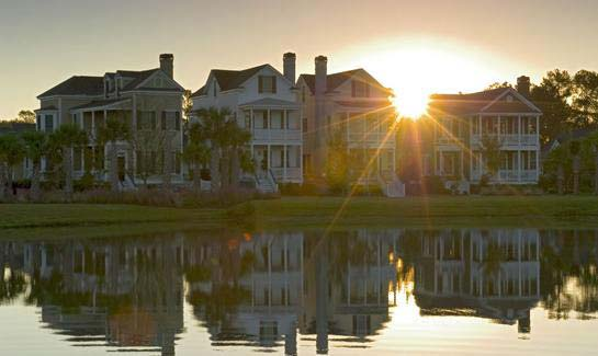 Daniel Island's traditional neighborhoods feature tree-lined sidewalks and streets and homes with classic southern architecture—many offering water, marsh and golf views.