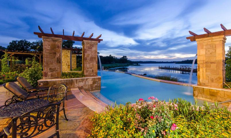 Live The Lakefront Lifestyle In Texas Lakefront Homes In Tx