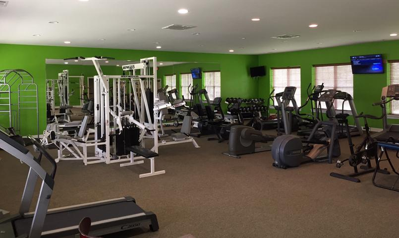Health Club Eagle Fitness Reviews And Photos 913 W Liberty Dr Mo