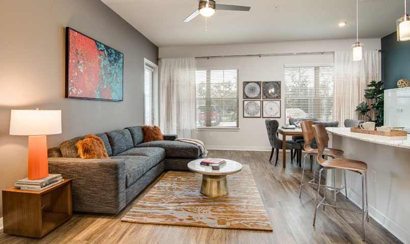 Overture Stone Oak | 55+ Senior Apartments in San Antonio, TX